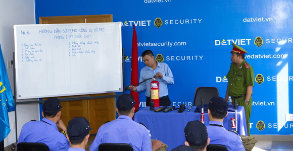 Đào tạo nghiệp vụ bảo vệ
