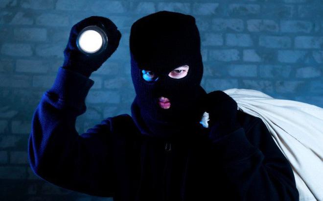 cách phòng tránh trộm vào nhà hiệu quả