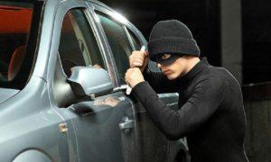 bảo vệ ô tô an toàn